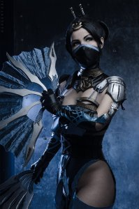 kitana_from_mk_x_cosplay_by_nemu013-d9yp7xe