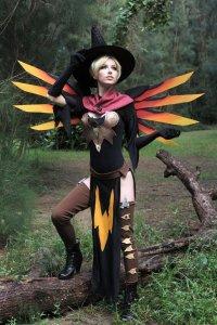 witch_mercy_by_megancoffey-dalrra6