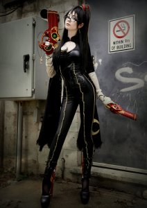 bayonetta_cosplay_by_traumacentregrrl-d6puoa9