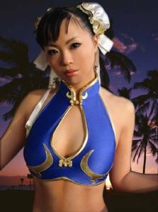 chun_li_cosplay_photograph_by_elin_kuzunoha-d4to5jk