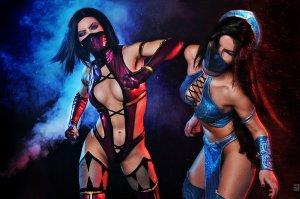 mileena_and_kitana_mortal_kombat_9_cosplay_by_asherwarr-d5oik15