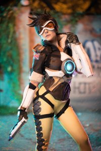 tracer_from_overwatch_by_mogucosplay_by_mogucosplay-dap914q