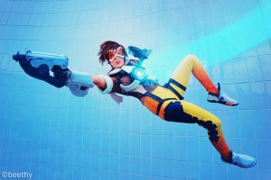 overwatch___tracer__01__by_beethy-d8lgvhp
